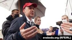 Не допущенный к президентским выборам белорусский оппозиционный политик Валерий Цепкало.