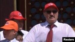Александр Лукашенко в Пекине. Слева – сын президента Беларуси Коля