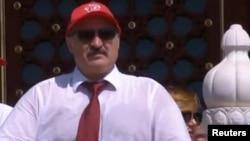 Беларусь президенті, президенттікке кандидат Александр Лукашенко.
