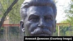Stalinin Novosibirsk şəhərindəki büstü