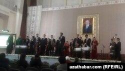 Döwlet konserwatoriýasynda gecirilen konsert. Aşgabat, 2020-nji ýylyň 27-nji noýabry