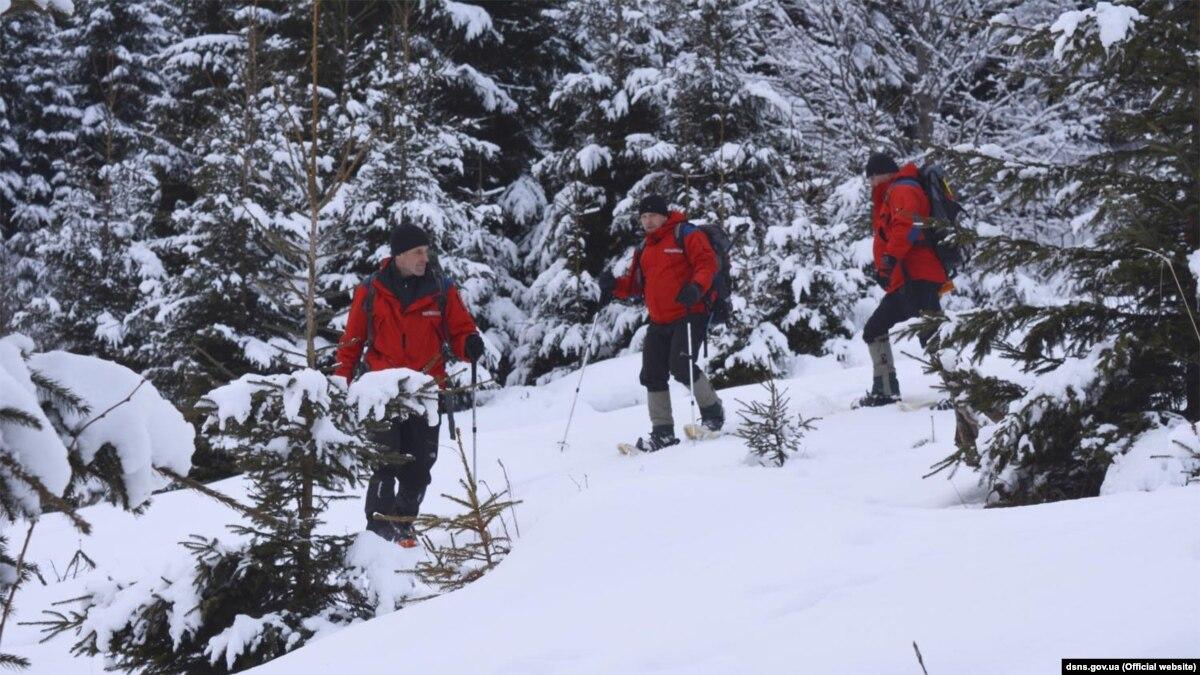В ГСЧС предупредили о начале сезона схода лавин в Карпатах