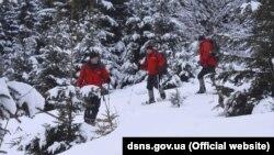 Рятувальники попередили про небезпеку сходження лавин
