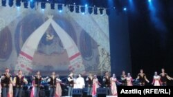 Татарстан дәүләт җыр һәм бию ансамбле чыгышыннан күренеш
