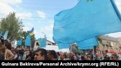 Митинг в память о жертвах депортации крымских татар. Мелитополь, 18 мая 2015 года