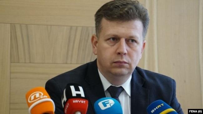 """Šatorović: """"Ukoliko je to alibi za smanjenje svih ostalih plata za 10 posto, onda smatramo da je to politikanstvo i to nema svoju pravu vrijednost i pravu namjenu"""""""