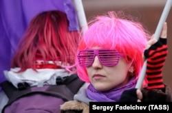 """Марш и митинг """"Свобода! Равенство! Сестринство!"""" в Москве в 2018 году"""