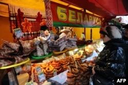 Белорусские продукты на ярмарке в Санкт-Петербурге