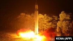 Запуск північнокорейської міжконтинентальної балістичної ракети, липень 2017 року