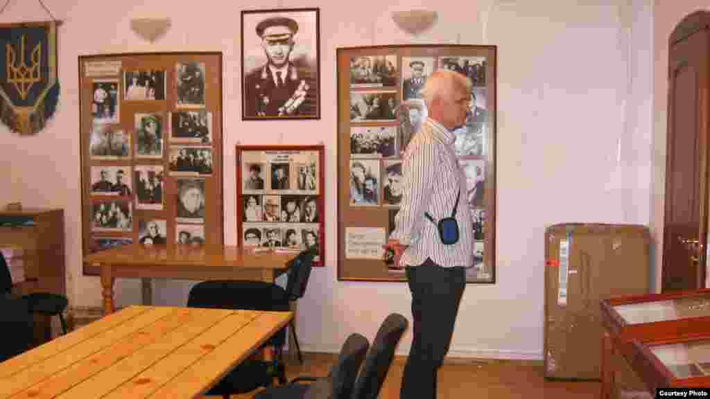 Алесь Бяляцкі ў музэі самвыдату. Кіеў, 2009 г.