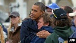 باراک اوباما روز ۹ آبانماه از مناطق توفانزده ایالت نیوجرسی دیدار کرد.