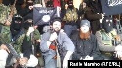 Шема -- Кавказера Асад Башарна дуьхьал тIемаш бен кавказхой, аьтту агIор шолгIаниг ИГИШ эскаран баьчча Омар ал-Шишани , 2014