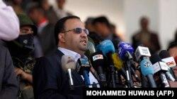 صالح علی الصماد، رئیس مجلس عالی سیاسی، حکم انتصاب عبدالعزیز بن حبتور را امضا کرده است