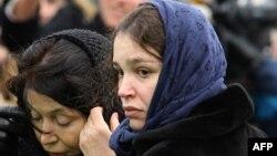 Жанна Немцова на похоронах отца, 3 марта 2015