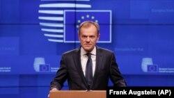 Donald Tusk spune că este posibilă unanimitatea șefilor de stat și de guverne din UE privind solicitarea Theresei May, însă condiționat
