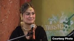 Këngëtarja pakistaneze Ghazala Javed