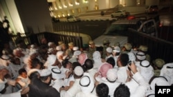 од протестите кои настанаа по информациите за пратеници кои примале поткуп