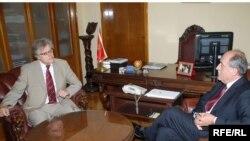 Njemački ambasador Peter Plate i Milan Roćen, ministar spoljnih poslova CG Foto: Savo Prelević
