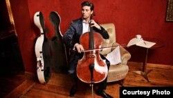Даниел Милер-Шот, виолончелист.