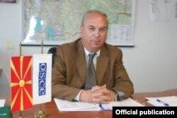 Амбасадорот на ОБСЕ во Македонија, Ралф Брет.
