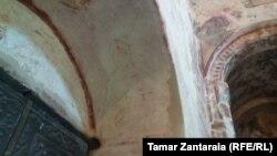 წალენჯიხის ტაძარში წმინდა ნინოს განსაკუთრებული ფრესკა აღმოაჩინეს