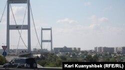 Подвесной мост в городе Семей. Иллюстративное фото.