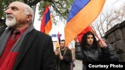 Армяне пратэстуюць супраць далучэньня да Эўразійскага эканамічнага саюзу