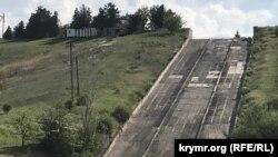 Слив воды из Белогорского водохранилища