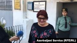 Журналист Радио «Свободная Европа»/Радио «Свобода» Хадиджа Исмаилова вышла из тюрьмы. 25 мая 2016 года.
