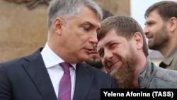Полпред президента РФ в СКФО Александр Матовников и глава Чечни Рамзан Кадыров, архивное фото