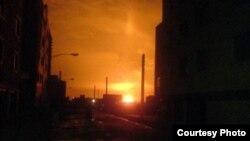تصویری از انفجاری که روز ۲۲ بهمن سال ۸۹ در سه خط لوله انتقال گاز در استان قم روی داد.