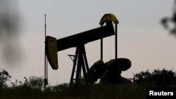 АҚШ-тың Техас штатындағы мұнай бұрғысы. (Көрнекі сурет.)