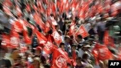 Протестите во Шпанија против мерките за штедење на власта во јуни