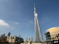 """Әлемдегі ең биік ғимарат - Дубайдың """"Бурджі"""""""