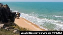 Узбережжя Азовського моря біля Караларського природного парку