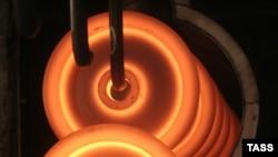 Черная металлургия, в отличие от цветной, еще может расчитывать на внутреннего потребителя своей продукции