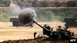 Газа тилкесине чек аралаш жерден Израил армиясы артиллериядан атууда, 30-июль, 2014