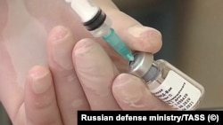 د کرونا ویروس واکسین چې په روسیه کې جوړ شوی دی.