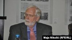 Knjiga koja na osnovu jasnih dokumenata govori o Karadžiću kao arhitekti genocida u BiH: Robert Donia