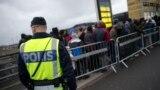 Migranti u redu u švedskom gradu Malmeu
