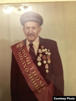 Тигран Манукян, дед