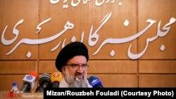 احمد خاتمی، عضو هیئت رئیسه خبرگان، امام جمعه موقت تهران