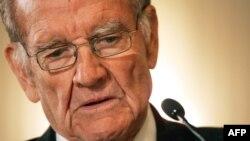 Ish senatori amerikan George McGovern (1922 - 2012)