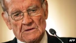 1972 U.S. presidential candidate George McGovern (1922-2012)