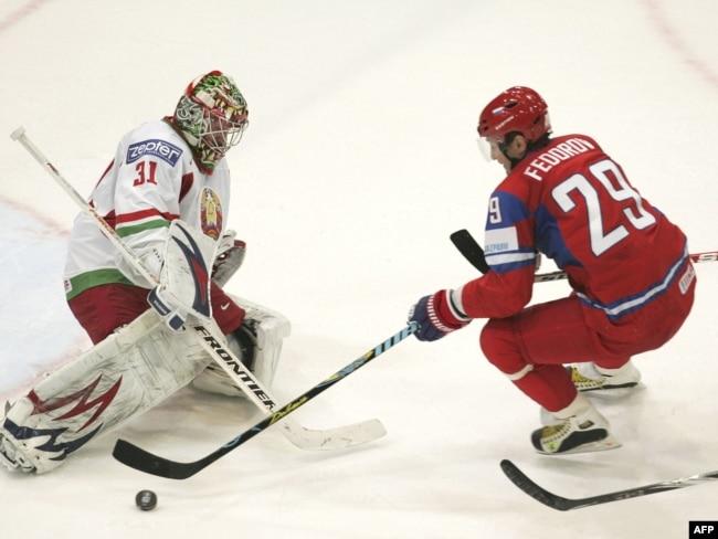 Сергей Федоров в матче против Беларуси в 2010 году
