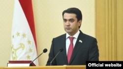Рустам Имомали.