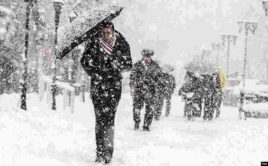بارش برف در ولایت جیلان ایران