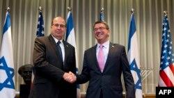 Министр обороны Израиля Моше Яалон и министр обороны США Эштон Картер накануне встречи в Иерусалиме