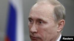 Владимир Путин, нахуствазири Русия