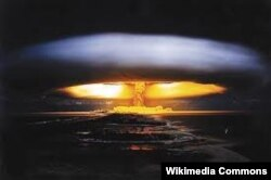 Ядерные испытания на атолле Бикини, 1954